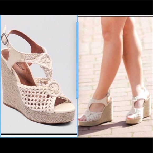 9c629de9581 Lucky Brand Shoes - Lucky Brand Rilo Macrame wedge boho sandals